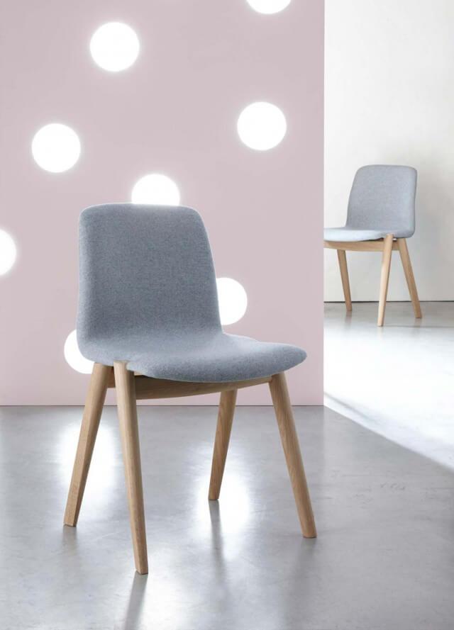 HOLE chair